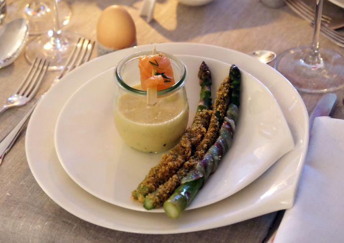 Three times asparagus, please!